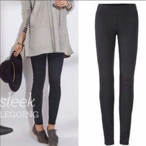 CABI | Black Sleek Legging #3211 Pant Large